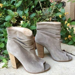 Kristin Cavallari Laurel Kid Grey Suede Booties 9
